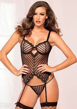 Laced With Love Bustier Black M